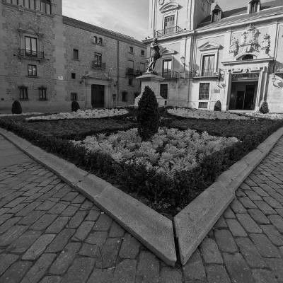 Tour Leyendas y Misterios Logroño - Plaza de la Villa